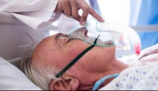 संसारमा सबैभन्दा धेरै पटक कोरोना संक्रमण देखिएको यी व्यक्ति, जसले श्रीमतीसँग मागेका थिए मृत्युको औषधि