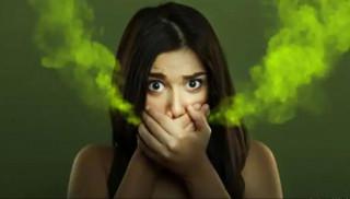 मुखबाट दुर्गन्ध आउने समस्या छ ? यी घरेलु उपाय अपनाए सजिलै हट्छ यो समस्या